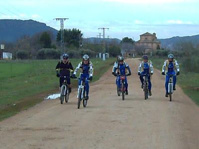 El Club «El Pedal» de Corral de Almaguer hacen el Camino de Santiago por la Ruta Jacobea de los Calatravos
